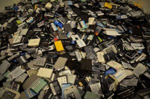 Батареи от сотовых телефонов