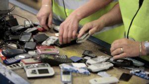 Сортировка мобильных телефонов